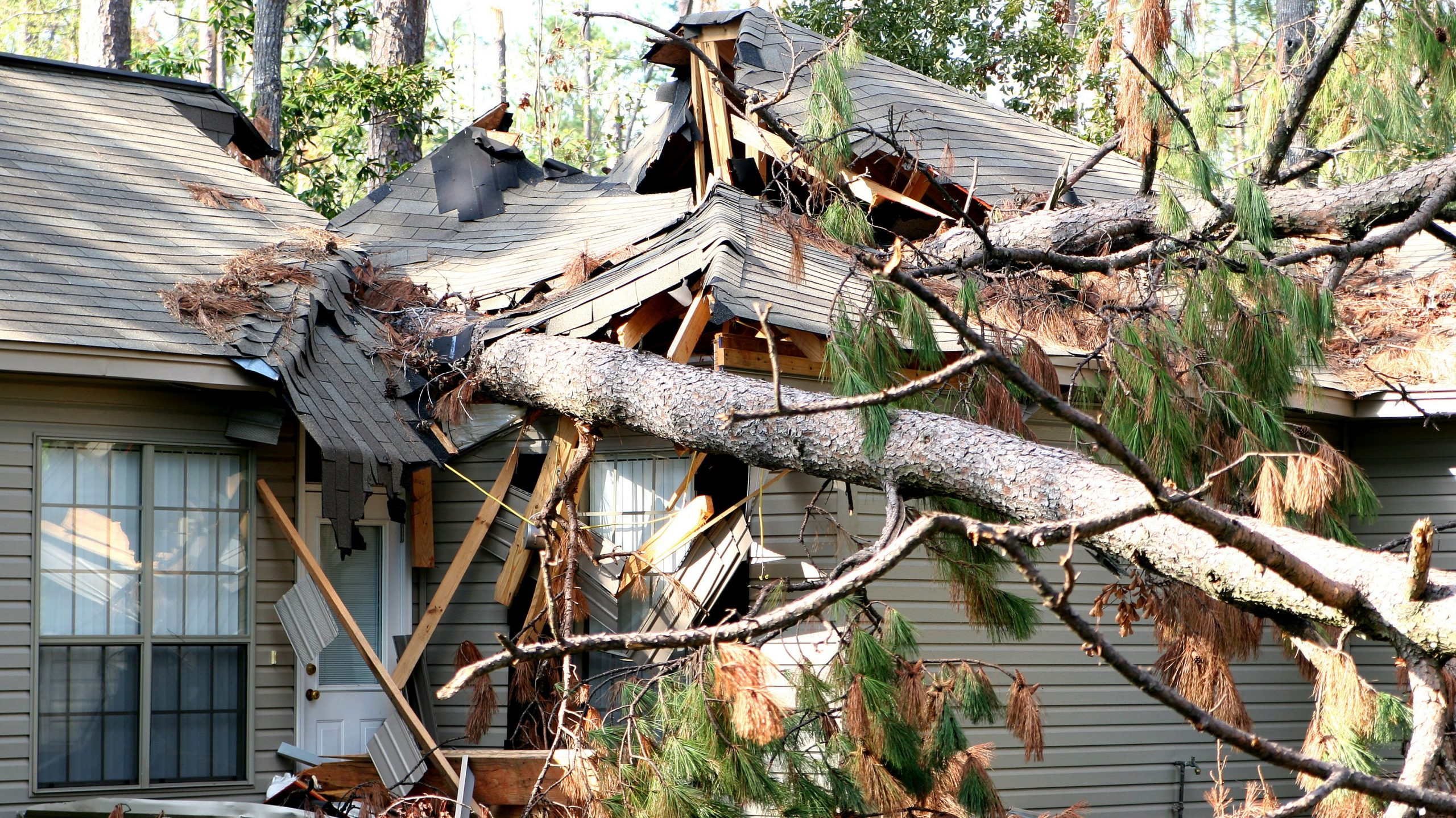 How to secure your roof and home before a big storm